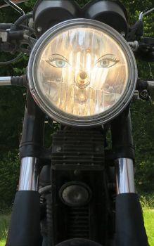 k-scheinwerfer-auge-end Kopie